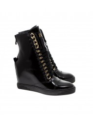 Sneakersy damskie czarne lakierowane złoty łańcuch BOOCI